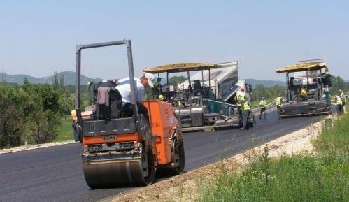 Radovi na delu državnog puta Donji Milanovac - Kladovo 7