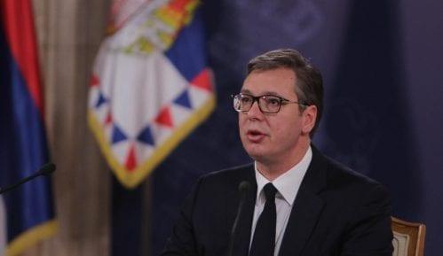 Vučić optužuje opoziciju da organizuje blokadu Rektorata 11
