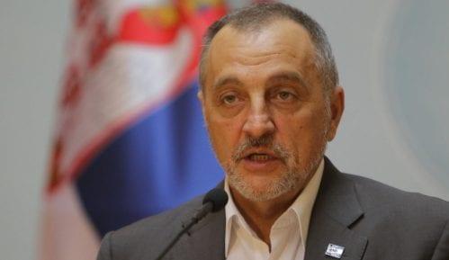 Živković najavio krivičnu prijavu protiv Vučića 15
