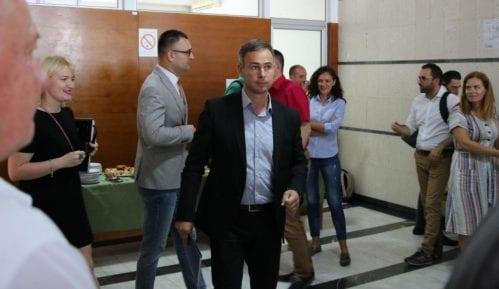 Aleksić: Vučić direktno napao Stefanovića da bi zaštitio svog brata 1