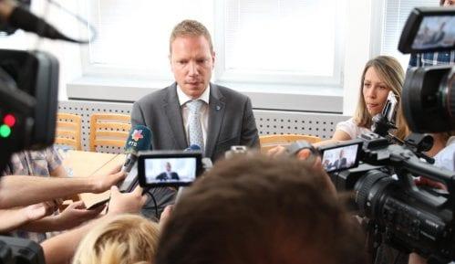 Fajon i Bilčik u drugoj rundi dijaloga vlasti i opozicije o izbornim uslovima 4
