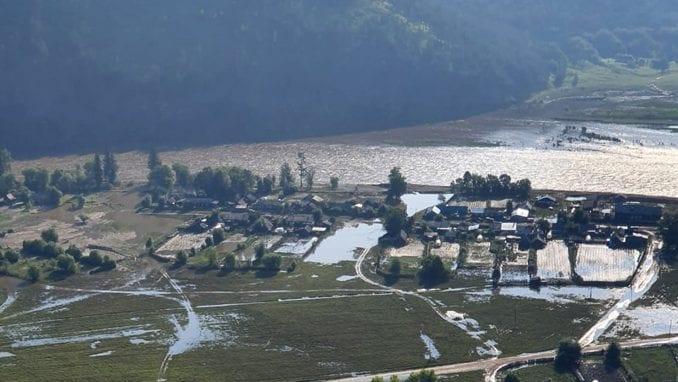 Broj mrtvih u poplavama u Rusiji porastao na 24 4