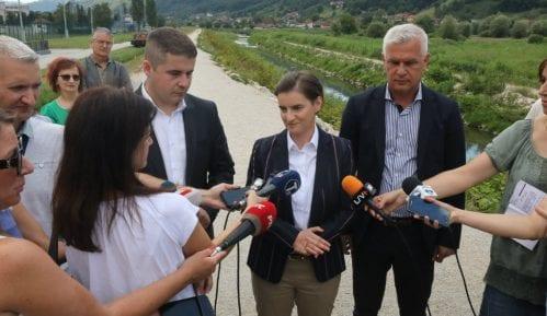 Brnabić: Pomoć opštinama Lučani i Guča u sanaciji poplava 9