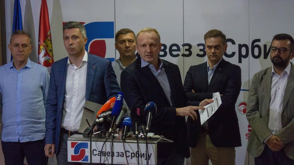 Nedeljković: Narod neće zaustaviti vodeni topovi, pendreci, batinaši u civilu ili uniformi 2