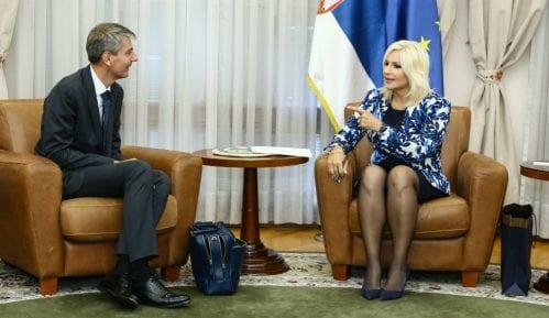 Mihajlović i Berizo: Učinićemo beogradski aerodrom najboljim u regionu 15