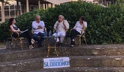 "Tribina ""Samoodbrane"" u Kragujevcu: Srbijom trenutno vlada dobro organizovana mafija 12"