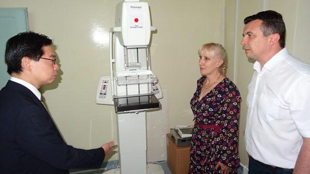 Vlada Japana donirala medicinske aparate kučevačkom Domu zdravlja 3