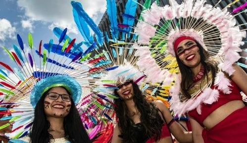 Hiljade ljudi na Paradi ponosa u Berlinu i na LGBT skupovima u Poljskoj 15