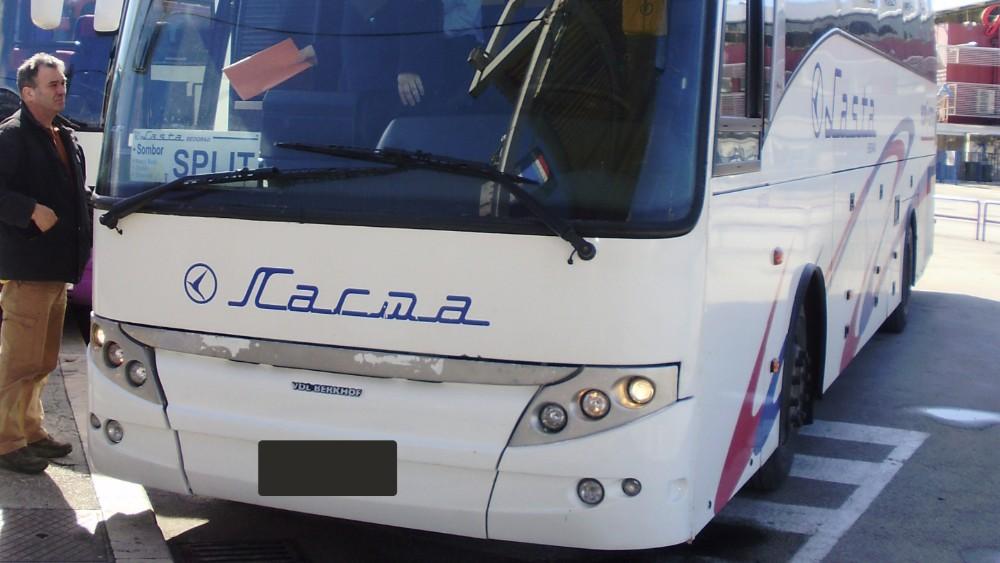 "Okončana talačka kriza u ""Lastinom"" autobusu u Nemačkoj, uhapšen napadač 1"