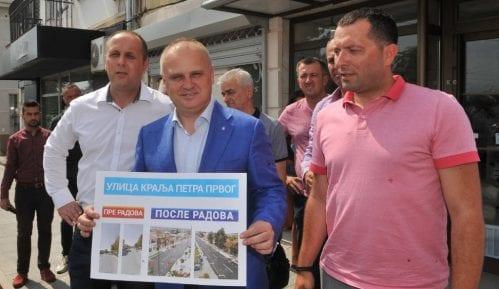 Vesić: Nastavak investicija u Lazarevcu, sa akcentom na žensku radnu snagu 12