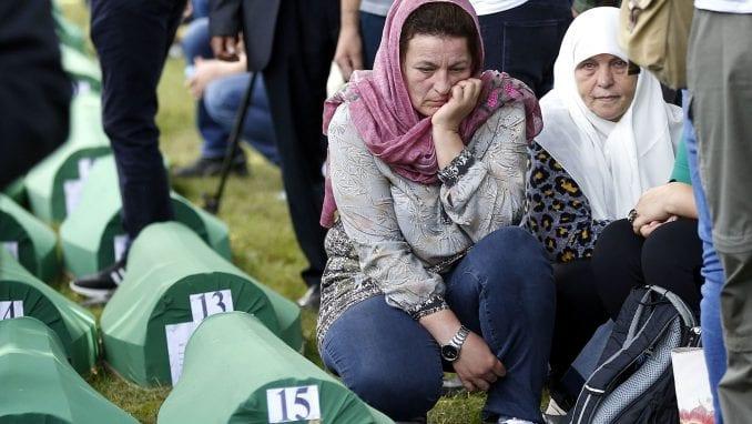 U Potočarima završena komemoracija srebreničkim žrtvama (FOTO/VIDEO) 4