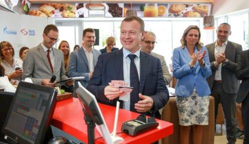 NIS i Masterkard uveli novu uslugu za potrošače 3