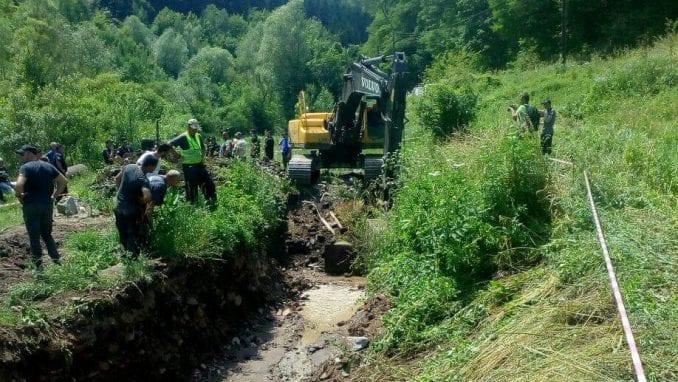 """Borba za reku u Rakiti: """"Ovde će nekome odleteti glava"""" 1"""