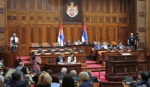 Vanredna sednica Skupštine Srbije 4. septembra, poslanici o ukidanju viza 6