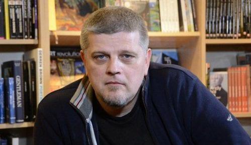 Vladimir Kecmanović: Romanopisac u javnom servisu
