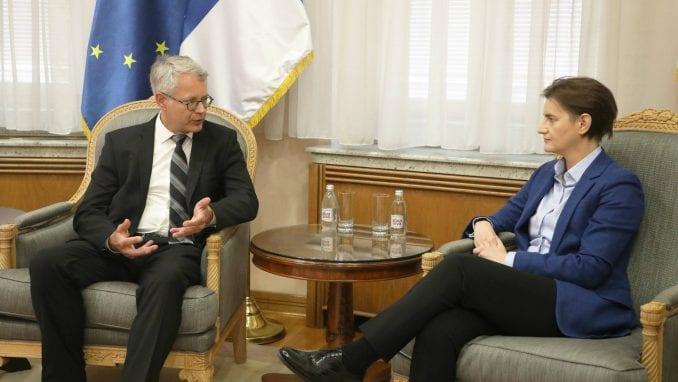 Brnabić i novi ambasador Finske: Potrebno digitalizovati sve nivoe obrazovnog sistema 1