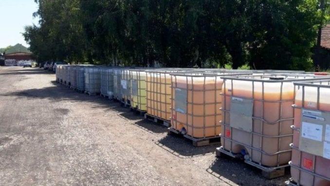 Zaječar online: Cisterne sa kalcijum-hloridom mesecima na železničkoj stanici (FOTO) 1