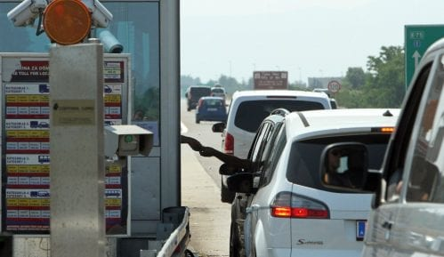 Kolaps u saobraćaju na putu Beograd-Obrenovac 1