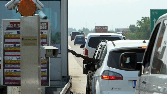 Kolaps u saobraćaju na putu Beograd-Obrenovac 4