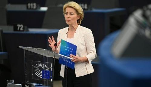 I Fon der Lajen negira da je EU ublažila izveštaj posle pritiska Kine 4