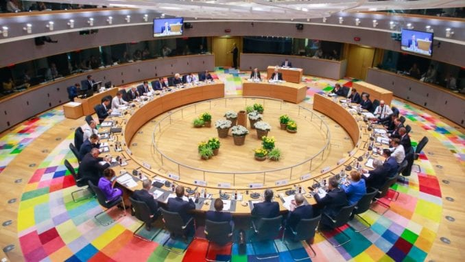 DW: Maratonski pregovori o imenovanju čelnika EU se nastavljaju 1