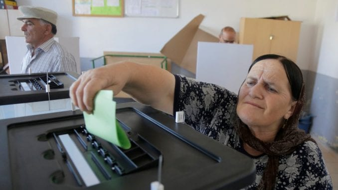 Odziv na izborima u Albaniji 21,6 odsto, premijer Edi Rama tvrdi da su uspeli 1