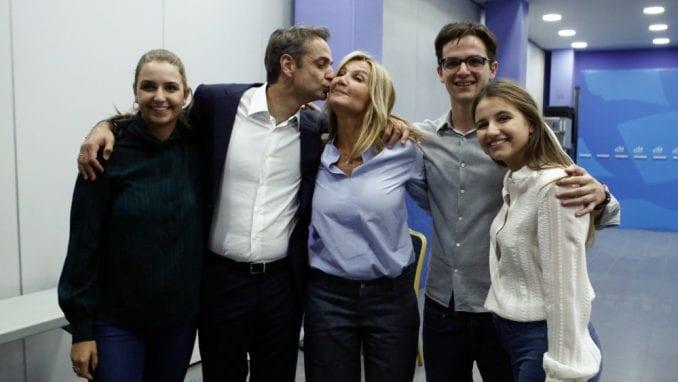 Vučić u telefonskom razgovoru čestitao Micotakisu pobedu na izborima u Grčkoj 3