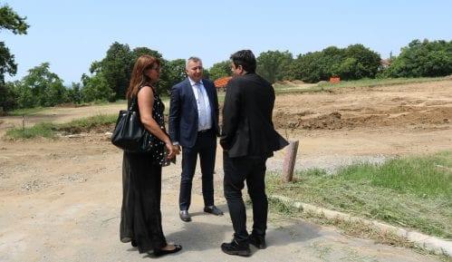 Zelena stranka inicirala sadnju 100 stabala drveća u Košutnjaku 7