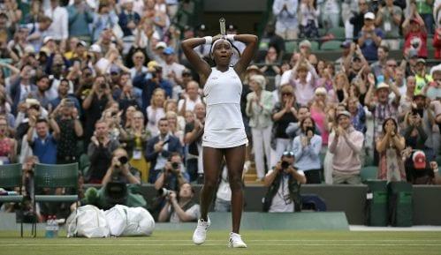 Venus Vilijams izgubila od najmlađe teniserke koja je ikada zaigrala na Vimbldonu 2