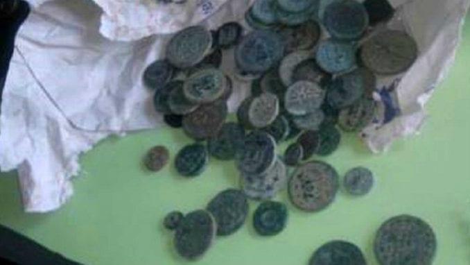Carinici kod turskog državljanina otkrili veliku numizmatičku kolekciju 1