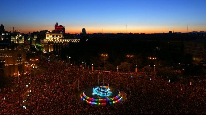 Više od 400.000 ljudi na Paradi ponosa u Madridu 4