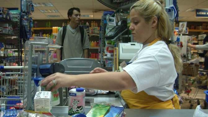 Na severu Kosova prodavnice ponovo otvorene 4