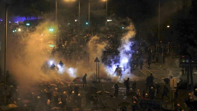 RSE: Protesti u Hongkongu eskalirali zbog straha od autoritarne Kine 2