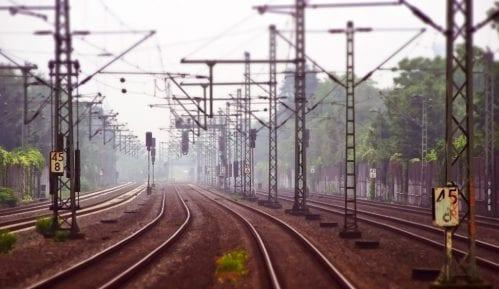 Železnica: Saobraćaj će tek večeras biti uspostavljen 10