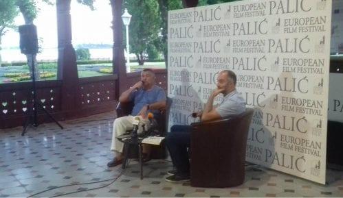 Grlić: Vladaju mediokriteti i poluidioti 10
