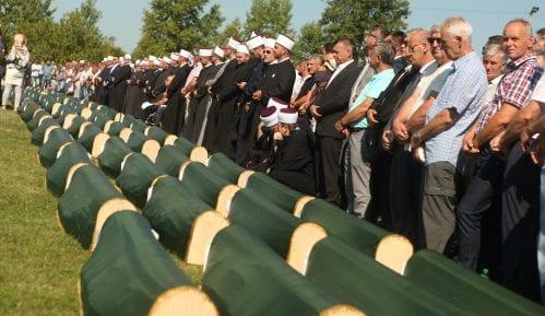 Kod Prijedora sahranjeno 86 muslimana ubijenih tokom rata u BiH 15