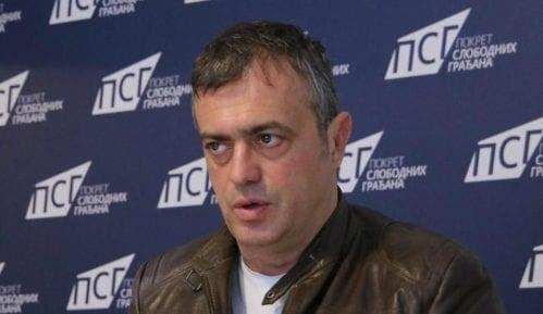 Trifunović: Autobus je bio parkiran, veću štetu je pretrpeo moj automobil, policiji sam se javio naknadno 9