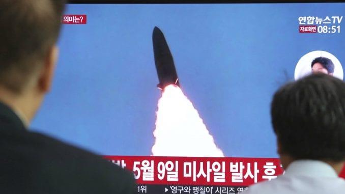 Severna Koreja ispalila dva neidentifikovana projektila 1