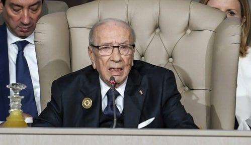 Umro predsednik Tunisa Bedži Kaid Esebsi 15