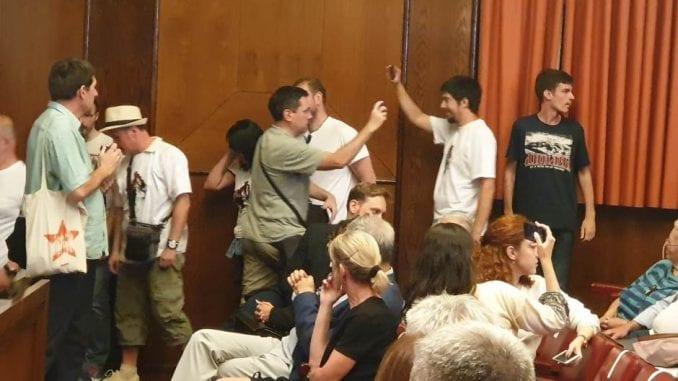 Borović: Prekidanje predstave zaslužuje prekršajne prijave 1