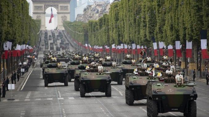 Održana tradicionalna vojna parada u Parizu povodom Dana Bastilje 3