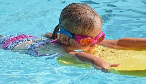 Kako da deca budu bezbedna u dvorišnim bazenima? 14