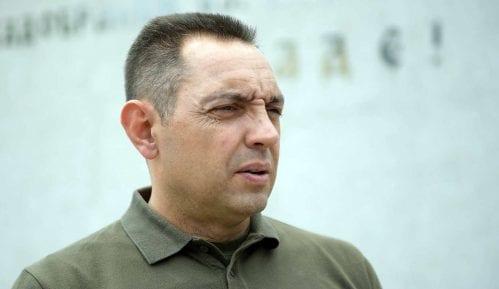 Vulin: Vojska obustavila rad na oko 200 aktivnosti međunarodne saradnje 13