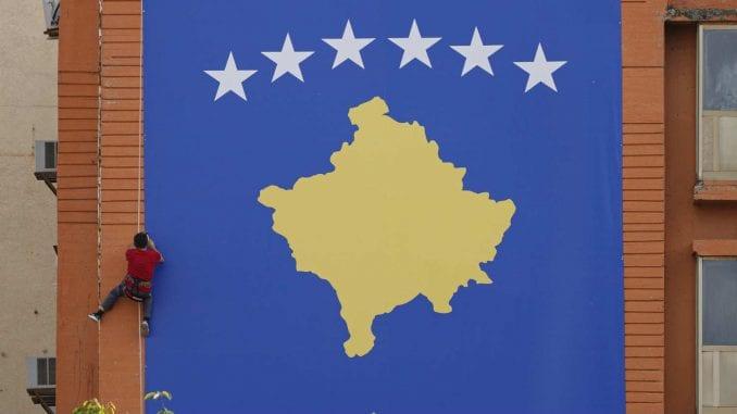 Ministar privrede i životne sredine Kosova Bljerim Kuči podneo ostavku 3
