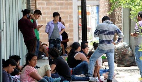 Komesarijat: Za vakcinisanje protiv korona virusa prijavilo se oko 500 migranata 8