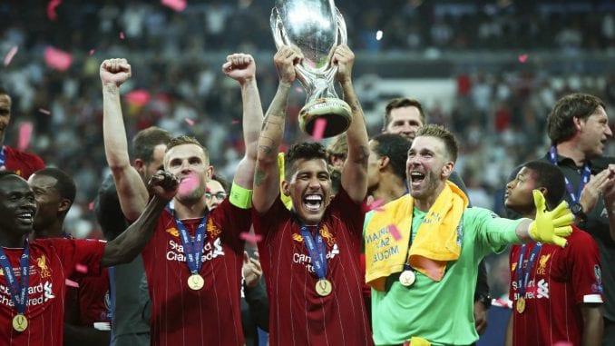 Navijači Liverpula slave španskog golmana (33) zbog osvajanja Super kupa Evrope 4