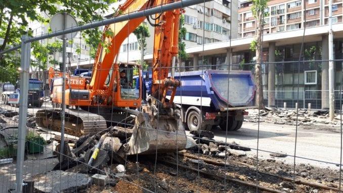 Gradski čelnici se utrkuju u izjavama koji radovi će biti završeni pre roka 4