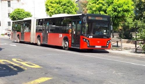 Kraće autobuske linije zbog protesta taksista 4