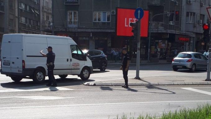 Vozači u Srbiji se ne boje kazni, prvi nude mito 1