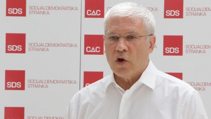 Tadić: U Srbiji nema uslova za elementaran politički život, a kamoli za dijalog 2